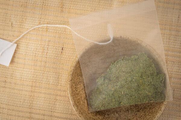 無農薬・無化学肥料で栽培している栄養価の高いオーガニックな食材、苧の新たな可能性をお楽しみ下さい。